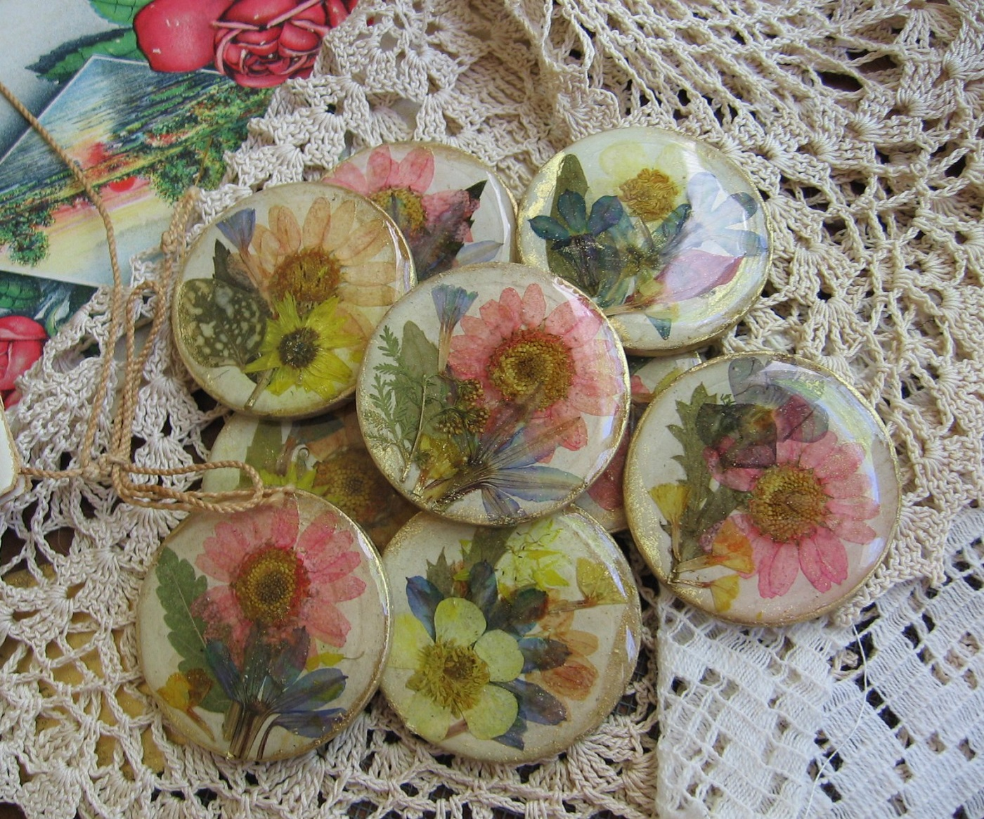 Buttons made with pressed flowers